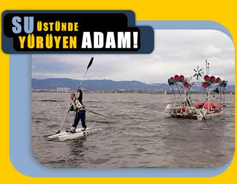 Su Üstünde Yürüyen Adam